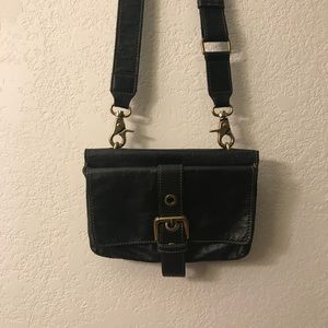 ⭐️MAKE OFFERS! Chat chat folded leather bag